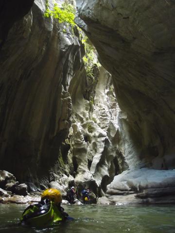 Puente de los Alemanes en el Cañón de las Buitreras, Cortes de la Frontera (Rincón Singular). Descendiendo el cañón